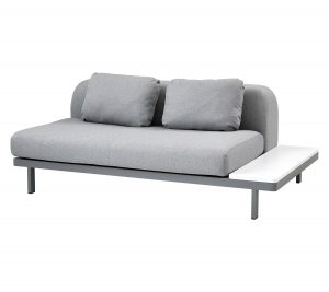 Space 2-Sitzer-Sofa Cane-Line mit Solid Surface